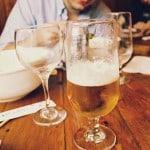 chute de la persone âgée et alcoolisme