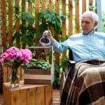 jardiner en fauteuil roulant